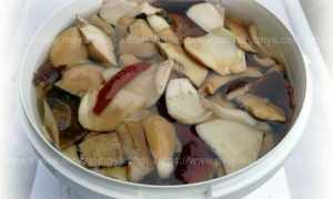 В какой таре солить грибы