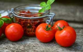 Как засолить помидоры в кастрюле холодным и горячим способом?